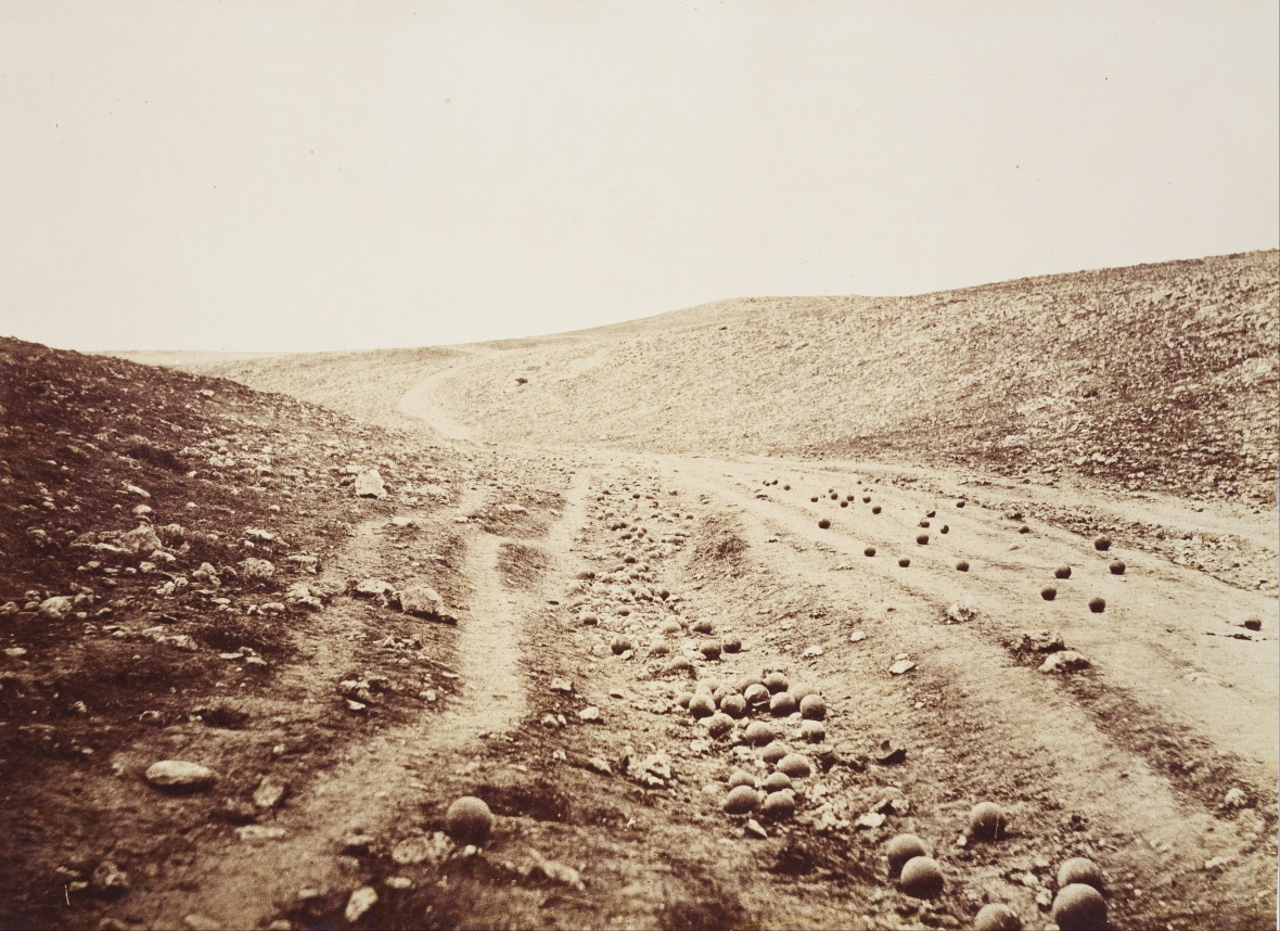 Roger_Fenton_-_The_Valley_of_the_Shadow_of_Death_-_Google_Art_Project